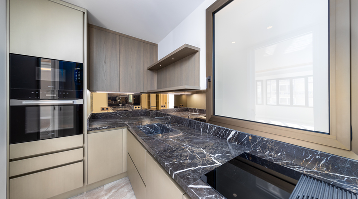 Beautiful apartment renovated in the golden square